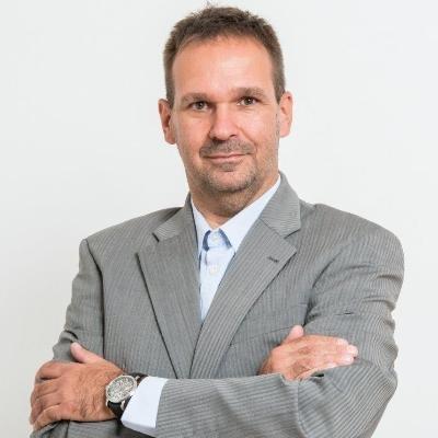 Piotr Orzeszek