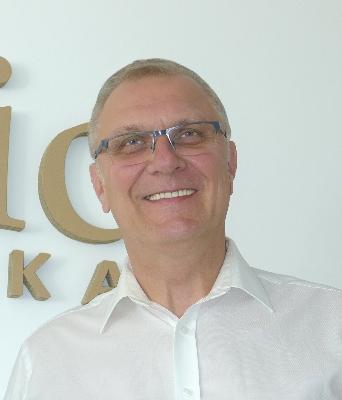 Robert Hołowiecki